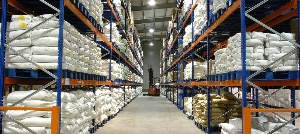 How to monitor warehouse humidity and temperature effectively